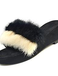 Недорогие -Жен. Комфортная обувь Полиуретан Зима Сандалии На плоской подошве Черный / Хаки