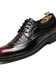 abordables -Homme Chaussures de confort Polyuréthane Eté Décontracté Oxfords Augmenter la hauteur Noir / Noir / Rouge
