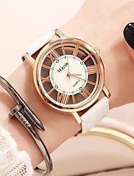 Недорогие -Жен. Наручные часы электронные часы Кварцевый Черный / Белый Защита от влаги Повседневные часы Cool Аналоговый Дамы На каждый день Мода - Серебро / черный Белый / Золотистый Белый / Серебристый
