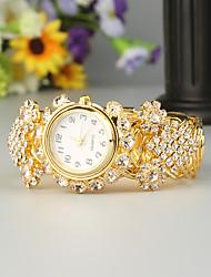 Недорогие -FEIS Жен. Часы-браслет Кварцевый Золотистый Секундомер Аналого-цифровые Дамы Мода - Золотистый