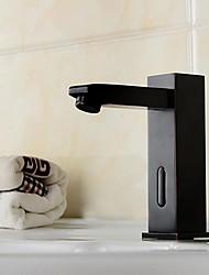 Недорогие -Смеситель - Датчик / Новый дизайн черный Свободно стоящий Руки свободно одно отверстиеBath Taps