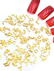 halpa -Metalli Nail Jewelry Käyttötarkoitus Sormen kynsi Varpaan kynsi Minityyli / 3D-liitäntä / Erityisrakenne Toteemisarja Eläinsarja Korusarjat kynsitaide Manikyyri Pedikyyri Muoti / Steampunk Joulu