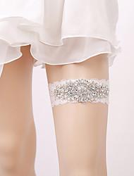 ราคาถูก -ลูกไม้ การแต่งงาน Wedding Garter กับ สไตล์คริสตัลกระจาย / มุก สายรัด งานแต่งงาน / ปาร์ตี้