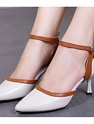olcso -Női Modern cipők Bőr Magassarkúk Kúpsarok Dance Shoes Fehér / Fekete