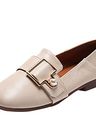 abordables -Mujer PU Otoño Zapatos de taco bajo y Slip-On Tacón Plano Negro / Beige