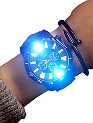 Недорогие -Муж. Спортивные часы Кварцевый Кожа Черный 30 m Светящийся Повседневные часы обожаемый Аналоговый Блестящие На каждый день - Белый Черный Два года Срок службы батареи