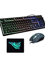 Недорогие -USB проводная оптическая клавиатура мышь и коврик для геймеров 3 штуки в комплекте с подсветкой клавиш для настольного ноутбука