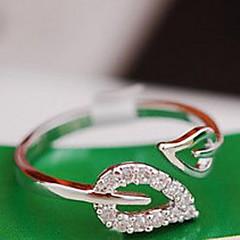 Χαμηλού Κόστους Ασημένιο Δαχτυλίδι-Γυναικεία Band Ring - Cubic Zirconia, Κράμα Leaf Shape, Καρδιά μινιμαλιστικό στυλ, Νυφικό 7 Χρυσό / Ασημί Για Γάμου Πάρτι Καθημερινά