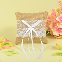 Ring Pillow In Linen With Lace And Bow The Wedding Store Wedding Theme