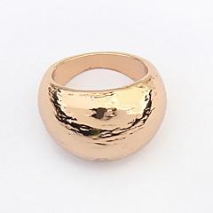 טבעות יוניסקס סגסוגת סגסוגת מידה אחת זהב / שחור / כסף צבעי הקישוטים מוצגים בתמונה