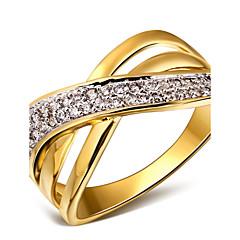 billige Motering-Dame Statement Ring - Kubisk Zirkonium, Kobber, Platin Belagt Mote 6 / 7 / 8 Hvit / Gull / Hvit Til Bryllup / Fest / Daglig / Gullbelagt / 18K Gull / Gullbelagt