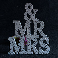 cheap Table Centerpieces-Europe and the United States wooden MR & MRS diamond wedding supplies Wooden furnishing articles in English letters Wedding photography props