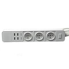 us / eu pistoke 3 ulostuloa 4 USB-porttia 1,8 m 16a 250V jakorasiaan
