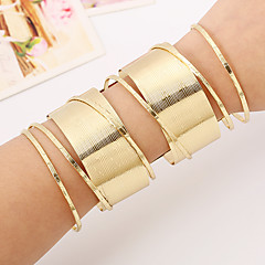 cheap -Women's Bangles Cuff Bracelet Costume Jewelry Punk Rock Ferroalloy Metal Alloy Alloy Geometric Jewelry For Party/ Evening Club
