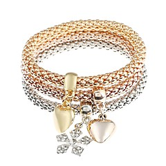 Herre Dame Charm-armbånd Rhinsten Klassisk Mode Simuleret diamant Legering Hjerte Sneflage Smykker Daglig