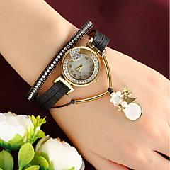 billiga Klockor-Dam Quartz Armbandsur Kinesiska Vardaglig klocka Läder Band Berlock Mode Svart Rosa