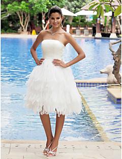 billiga Balbrudklänningar-A-linje Axelbandslös Knälång Organza / Satäng Bröllopsklänningar tillverkade med Lager av LAN TING BRIDE® / Liten vit klänning