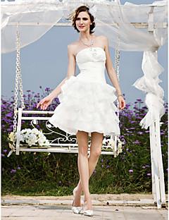 billiga Brudklänningar-A-linje / Prinsessa Axelbandslös Kort / mini Organza / Taft Bröllopsklänningar tillverkade med Bård / Applikationsbroderi / Veckad av LAN TING BRIDE® / Liten vit klänning
