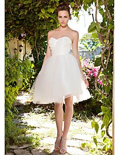 billiga Balbrudklänningar-Balklänning Hjärtformad urringning Knälång Taft / Tyll Bröllopsklänningar tillverkade med Veckad / Korsvis av LAN TING BRIDE®