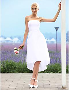 billiga Prinsessbrudklänningar-A-linje Axelbandslös Asymmetrisk Taft Bröllopsklänningar tillverkade med av LAN TING BRIDE® / Liten vit klänning