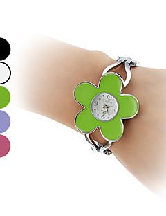 Women's Alloy Quartz Analog Bracelet Watch (Assorted Colors) Cool Watches Unique Watches