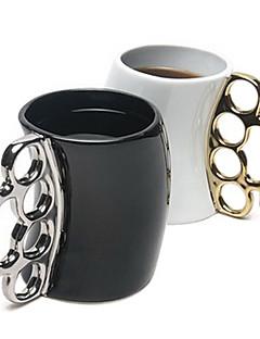 tanie Najnowsze akcesoria do napojów-Nowy styl twórczy kubek ceramiczny kubek pięść kolor wysłany losowo