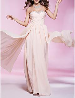 billiga Aftonklänningar-Kappe / kolonnbandslös sötnos golvlängd chiffongklänning med beading av ts couture®