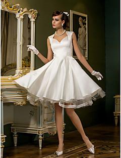 billiga Brudklänningar-A-linje Queen Anne Knälång Satäng / Tyll Bröllopsklänningar tillverkade med Spets / Knapp av LAN TING BRIDE® / Liten vit klänning