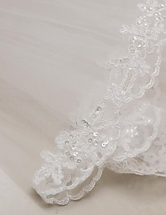 Two-tier Lace Applique Edge Wedding Veil Elbow Veils With Applique 31.5 in (80cm) Tulle