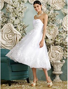 billiga A-linjeformade brudklänningar-A-linje Hjärtformad urringning Telång Tyll Bröllopsklänningar tillverkade med Bård / Applikationsbroderi / Knapp av LAN TING BRIDE® / Liten vit klänning