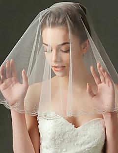 Menyasszonyi fátyol Egykapcsos Könyékig érő fátylak Gyöngydíszítésű szegély Tüll