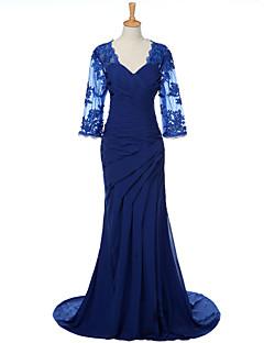 weishang tarafından aplike ile gelin elbisesinin kılıf / sütun v-boyun tarama / fırça tren şifon annesi
