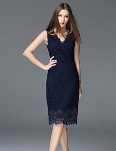 Χαμηλού Κόστους Φορέματα-Γυναικεία Εξόδου Εκλεπτυσμένο Βαμβάκι Θήκη Φόρεμα - Μονόχρωμο, Δαντέλα Ως το Γόνατο Ψηλοκάβαλο Λαιμόκοψη V / Καλοκαίρι