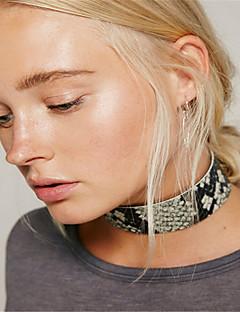Kadın's Gerdanlıklar Mücevher Tek Dizi Deri Moda Kişiselleştirilmiş Euramerican Siyah Kahverengi Mücevher Için Günlük 1pc