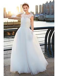 billiga A-linjeformade brudklänningar-A-linje Scoop Neck Svepsläp Tyll Bröllopsklänningar tillverkade med Spets av LAN TING BRIDE® / Genomskinliga