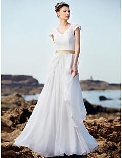 billiga A-linjeformade brudklänningar-A-linje V-hals Golvlång Chiffong / Spets Bröllopsklänningar tillverkade med Bälte / band / Krås av LAN TING BRIDE®