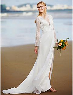 billiga Brudklänningar-A-linje Dunkel halsringning Svepsläp Chiffong / Spets Bröllopsklänningar tillverkade med Spets / Bälte / band / Sidodraperad av LAN TING BRIDE® / Illusion / Öppen Rygg