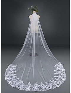 One-tier Lace Applique Edge Wedding Veil Cathedral Veils With Applique Lace Tulle
