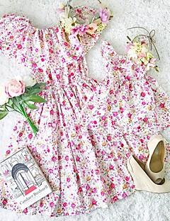 billige Sett med familieklær-2pcs Baby Mamma og meg Blomstret Kortermet Kjole