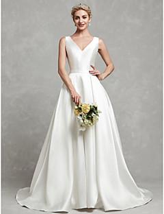 billiga Brudklänningar-A-linje V-hals Kapellsläp Satäng Bröllopsklänningar tillverkade med Knappar / Spets / Bälte / band av LAN TING BRIDE®