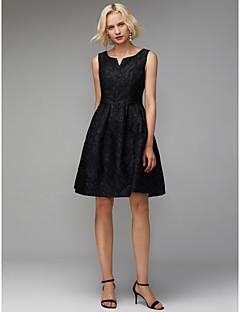 billiga Klänningar till speciella tillfällen-A-linje V-slits Knälång Polyester- / bomullsblandning Cocktailfest Klänning med Plisserat av TS Couture®