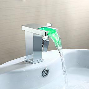 Недорогие Смесители-Ванная раковина кран - Водопад / LED Хром По центру Одной ручкой одно отверстиеBath Taps