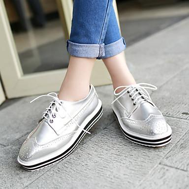 Kadın's Ayakkabı Yapay Deri Bahar / Yaz / Sonbahar Düşük Topuk Ofis ve Kariyer için Bağcıklı Beyaz / Siyah / Gümüş