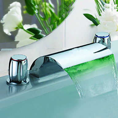Nykyaikainen Kolmiosainen Vesiputous LED Keraaminen venttiili Kolme reikää Kaksi kahvaa kolme reikää Kromi, Kylpyhuone Sink hana