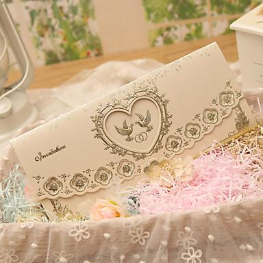 Dreifach gefaltet Hochzeits-Einladungen Einladungskarten Klassicher Stil Herz Stil Märchenthema Perlenpapier
