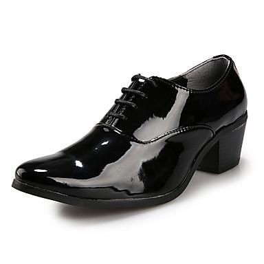 Hombre Novedad Zapatos PU Primavera / Otoño Confort Oxfords Antideslizante Blanco / Negro / Rojo