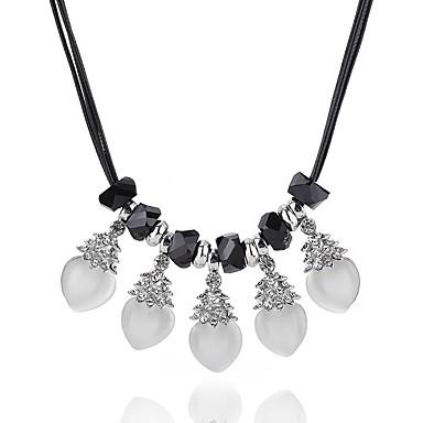 Női Kristály / Szintetikus gyémánt Nyilatkozat nyakláncok - Kristály Lógó minimalista stílusú, Divat, Elegáns Fehér Nyakláncok Kompatibilitás Napi, Hétköznapi, Estély