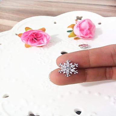 abordables Epingles & Broches-Femme Zircon Broche Classique Fleur Elégant simple Broche Bijoux Argent Pour Mariage Rendez-vous
