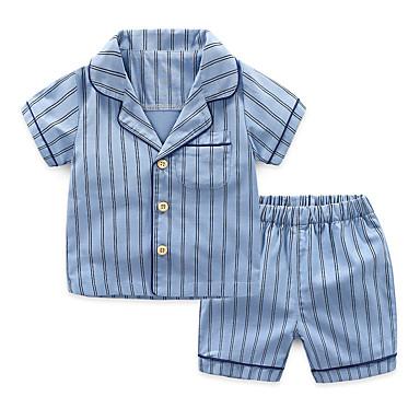 ราคาถูก กางเกงใน&ถุงเท้าสำหรับเด็กผู้ชาย-2 ชิ้น เด็ก เด็กผู้ชาย ซึ่งทำงานอยู่ พื้นฐาน ลายแถบ สลับ หัวเข็มขัด ฝ้าย ชุดนอน สีน้ำเงิน