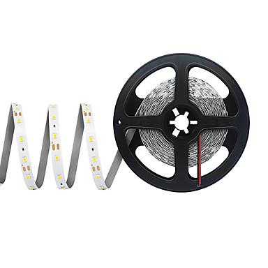 billige LED Strip Lamper-5 m Fleksible LED-lysstriper 300 LED SMD 2835 Varm hvit / Kjølig hvit / Rød Kuttbar / Fest / Koblingsbar 12 V 1pc / Selvklebende